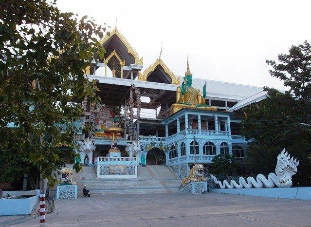 монастырь в Таиланде