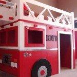 кровать-пожарная машина